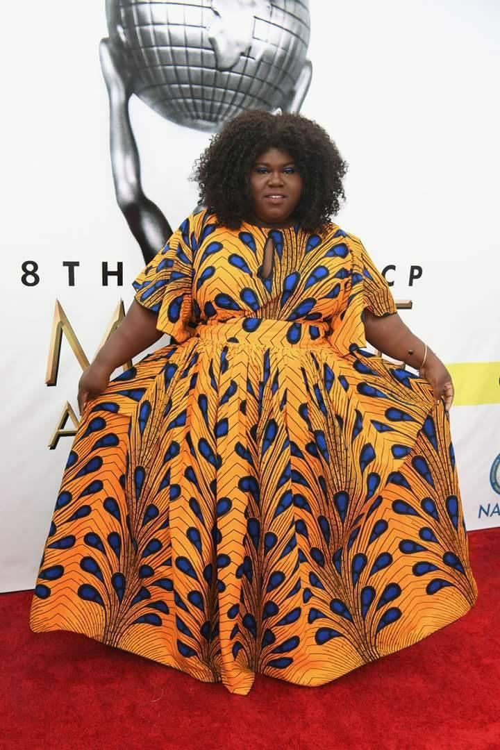Gabourey Sidibe w afrykańskiej sukni