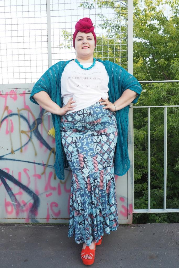 moda plus size - street style - pełna sylwetka